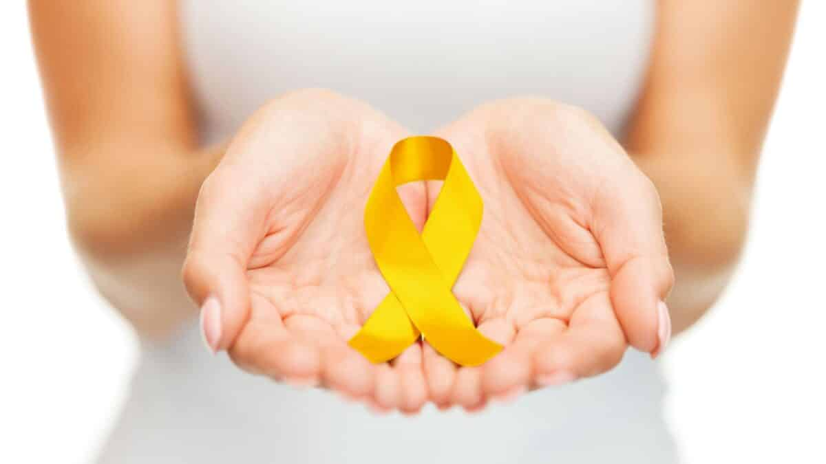 Yellow ribbon to support Suicide Prevention Awareness Month